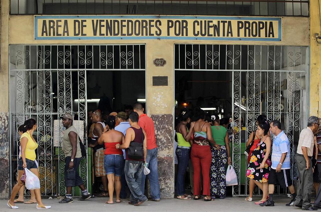 El Gobierno se demora año y medio para prohibir las PYMES en Cuba ...