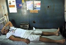 El disidente Franklin Pelegrino del Toro en su vivienda en el poblado de Cacocún, en la provincia de Holguín