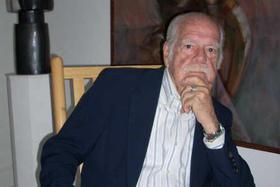 El escritor José Lorenzo Fuentes